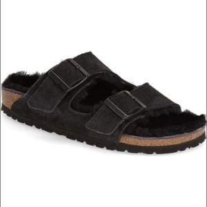 Birkenstock Arizona shearling lined sandals slides
